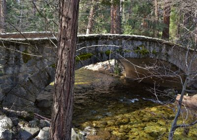Stone bridge inside Yosemite Valley, 2019